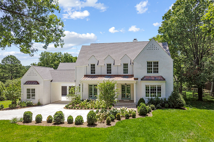 Traditional Forest Hills, Montcrest, Tennessee